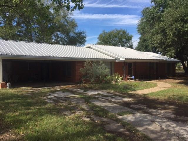 Photo of 951 Faircrest Drive  Fairfield  TX
