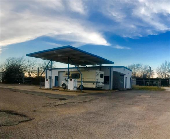 Photo of 1463 State Highway 174  Blum  TX