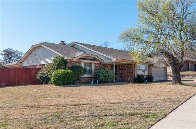 Photo of 609 Springhill Drive  Hurst  TX