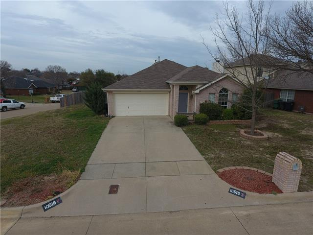 Photo of 10516 Maria Drive  Fort Worth  TX