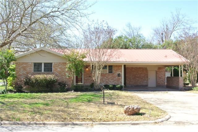 Photo of 504 Monticello  Waxahachie  TX