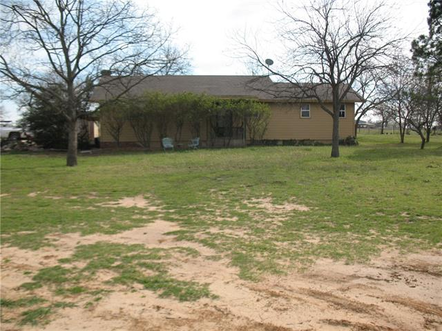 Photo of 1520 E Highland Avenue  Comanche  TX