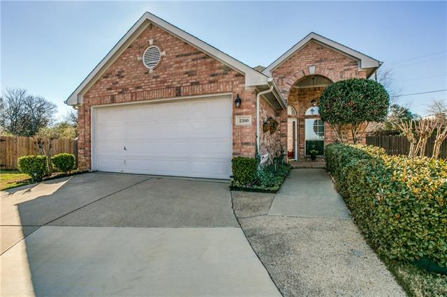 Photo of 2300 Leafy Glen Court  Bedford  TX