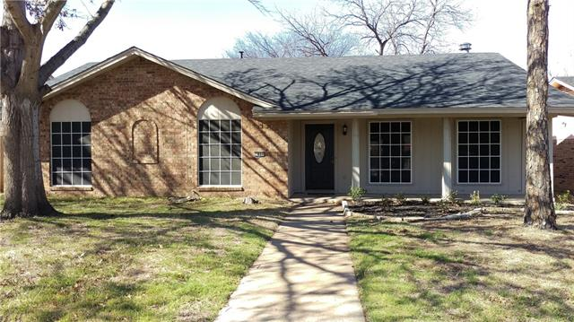 Photo of 1837 Christopher Drive  Fort Worth  TX