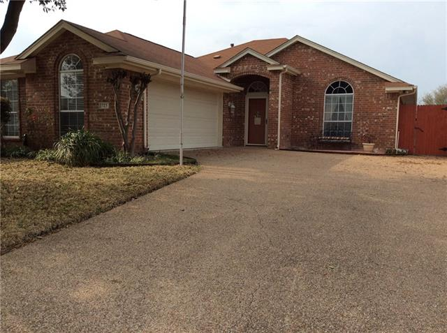 Photo of 723 Dogwood Lane  Waxahachie  TX