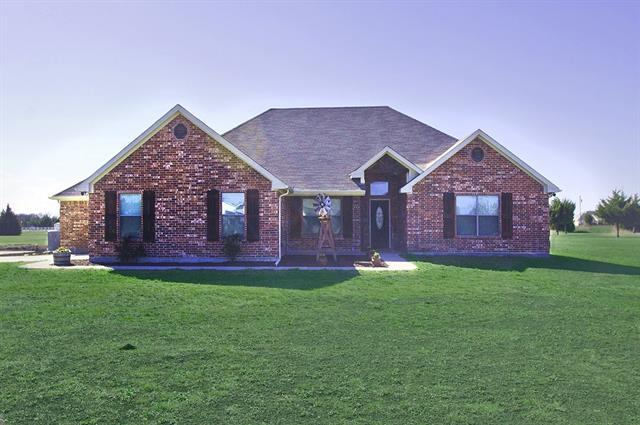 Photo of 105 Reece Lane  Trenton  TX