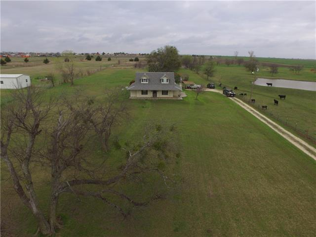 Photo of 7133 County Road 301  Grandview  TX