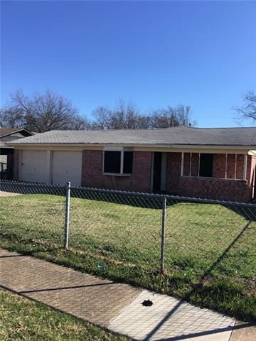 Photo of 929 Pangburn Street  Grand Prairie  TX