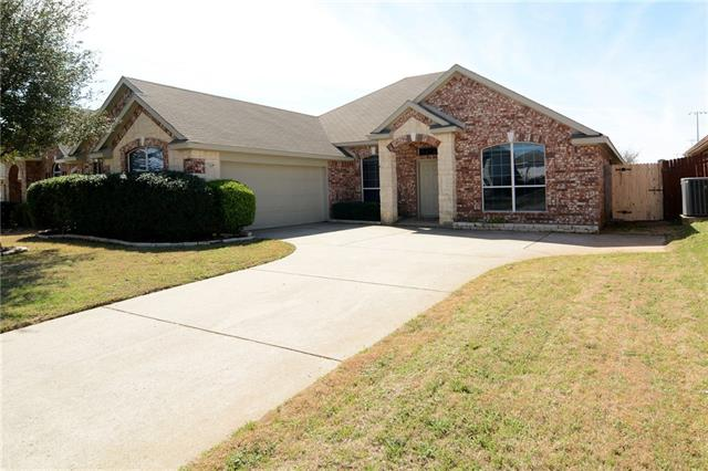 Photo of 243 Hilltop Drive  Justin  TX