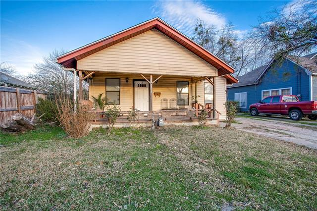 Photo of 804 N Virginia Street  Terrell  TX