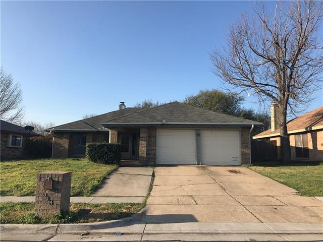 Photo of 314 Lemon Drive  Arlington  TX