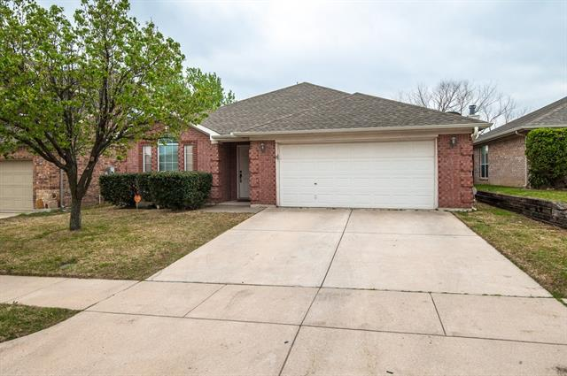 Photo of 4944 Diamond Trace Trail  Fort Worth  TX