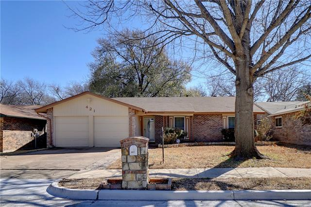 Photo of 421 Brian Drive  Grand Prairie  TX