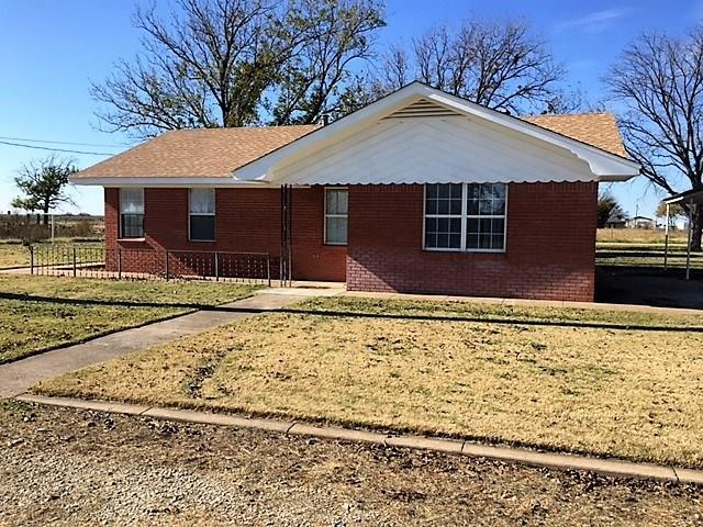Photo of 811 S 9th Avenue  Munday  TX