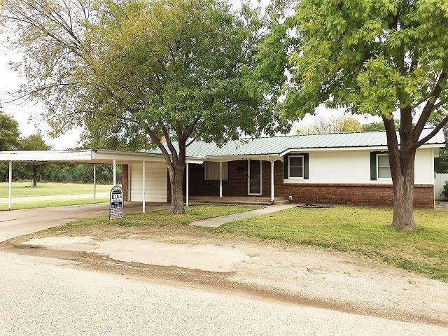 Photo of 408 N Avenue C  Haskell  TX