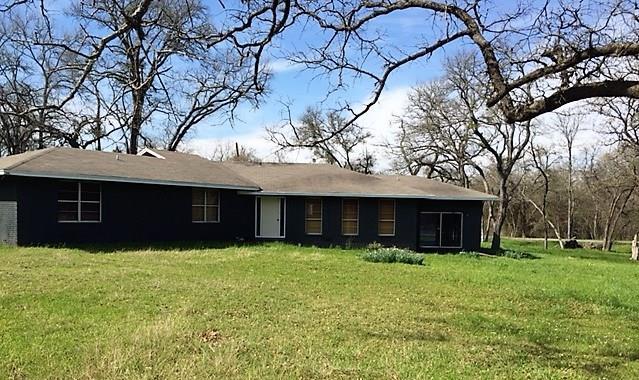 Photo of 169 Lcr 402  Groesbeck  TX