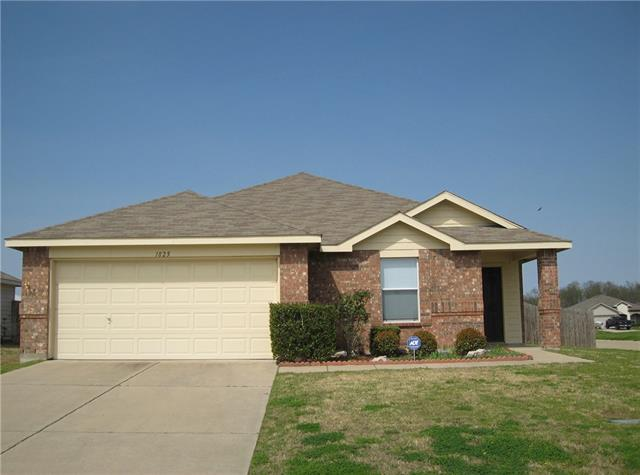 Photo of 1825 Brookwood Drive  Terrell  TX