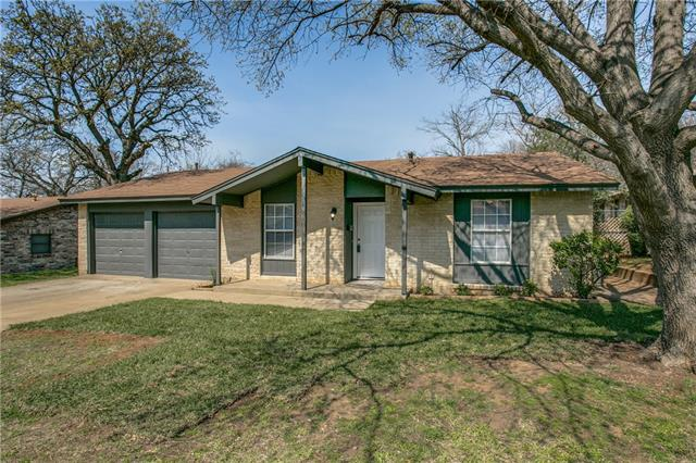 Photo of 610 Johns Drive  Euless  TX