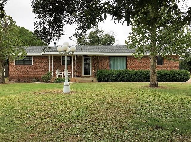 Photo of 581 S 12th Avenue  Munday  TX