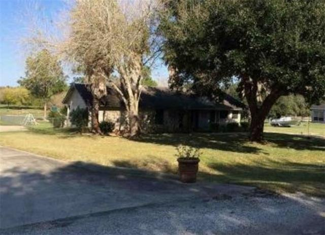 Photo of 137 Lakeview Drive  Victoria  TX