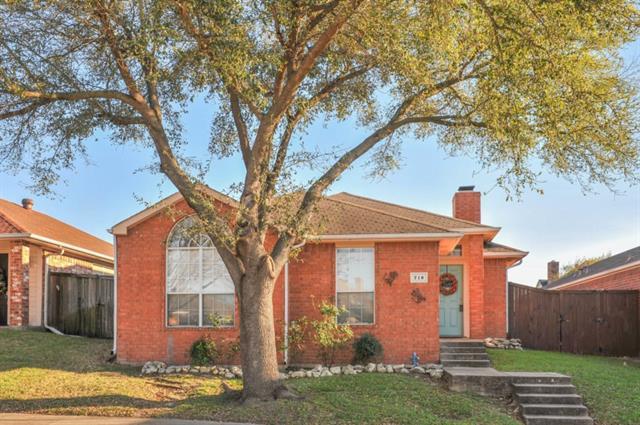 Photo of 716 Ashbrook Drive  DeSoto  TX
