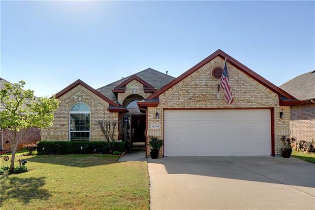 Photo of 12704 Beech Tree Lane  Fort Worth  TX