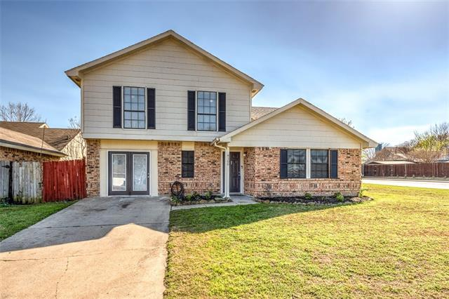 Photo of 4100 Periwinkle Drive  Fort Worth  TX