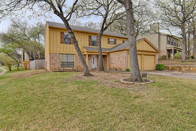 Photo of 416 Teal Wood Lane  Euless  TX