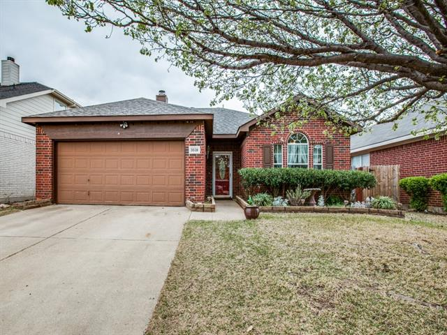 Photo of 3528 Lasso Road  Fort Worth  TX