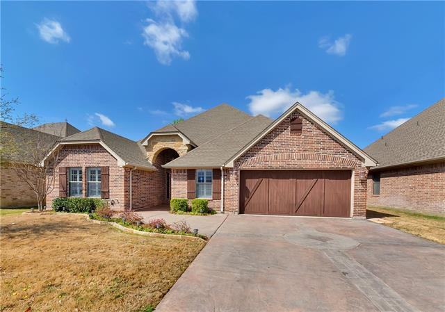 Photo of 318 Spyglass Drive  Willow Park  TX