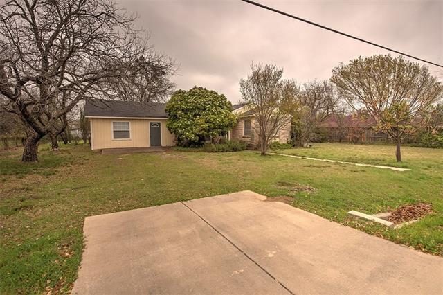 Photo of 325 Cooper Street  Cedar Hill  TX