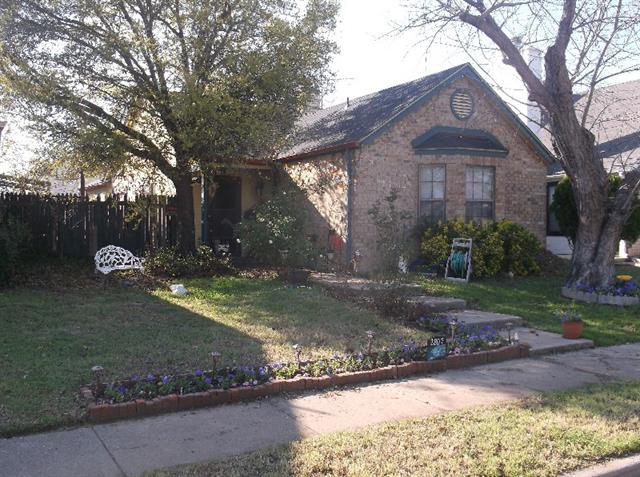 Photo of 2807 Game Lake Drive  Irving  TX