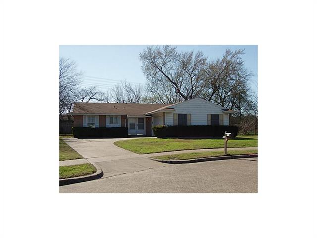 Photo of 110 Glenview Place  Hutchins  TX
