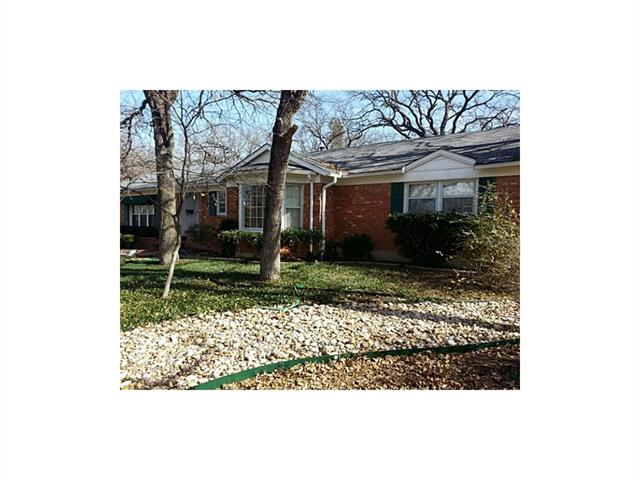 Photo of 5012 Watson Court  Fort Worth  TX