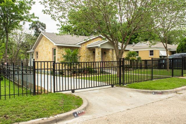 Photo of 630 Richmondell Avenue  Dallas  TX