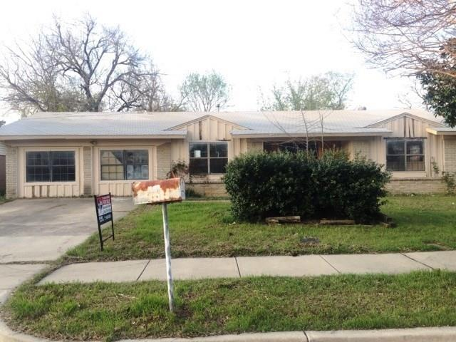 Photo of 541 Pine Street  Lewisville  TX