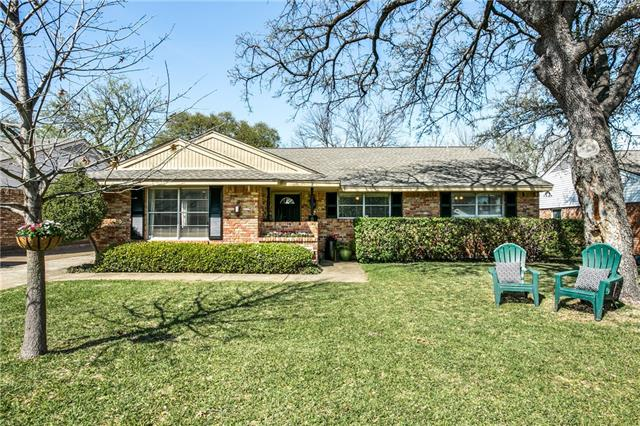 Photo of 10549 Chesterton Drive  Dallas  TX