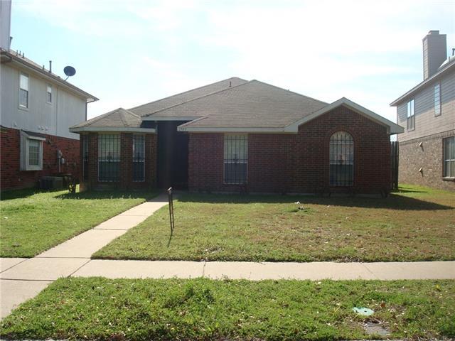Photo of 1707 Stewart Street  Cedar Hill  TX