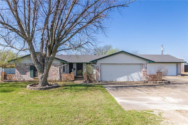 Photo of 1111 Overhill Drive  Cleburne  TX
