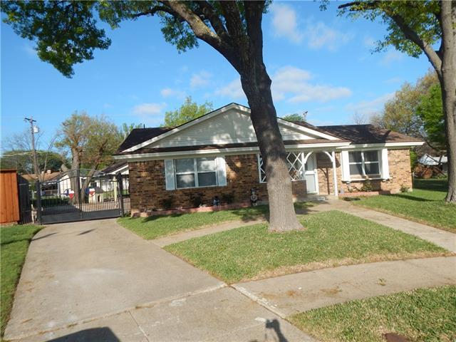 Photo of 3939 Upland Way  Garland  TX
