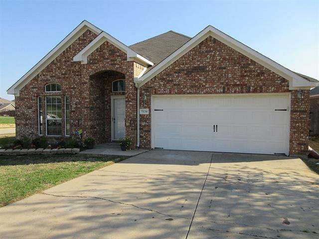 Photo of 7536 BANCROFT Circle  Fort Worth  TX