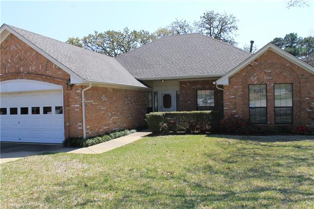 Photo of 5500 Forest Bend Drive  Arlington  TX