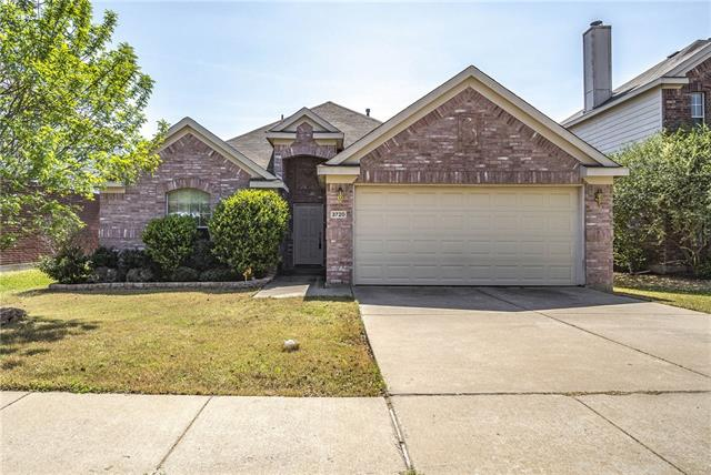 Photo of 3720 Aldersyde Drive  Fort Worth  TX