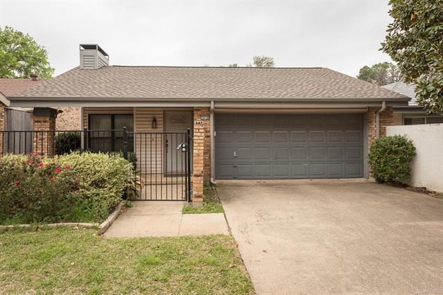 Photo of 1616 Grandview Drive  Arlington  TX