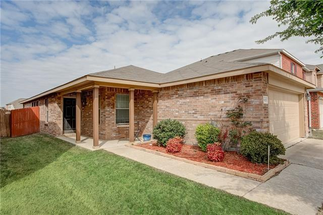 Photo of 9125 Quarry Ridge Trail  Fort Worth  TX