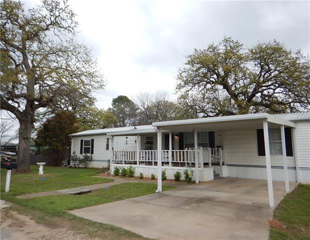 Photo of 4403 W Fernwood Court  Granbury  TX