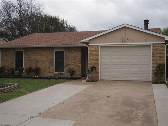 Photo of 910 Sunny Slope Drive  Allen  TX