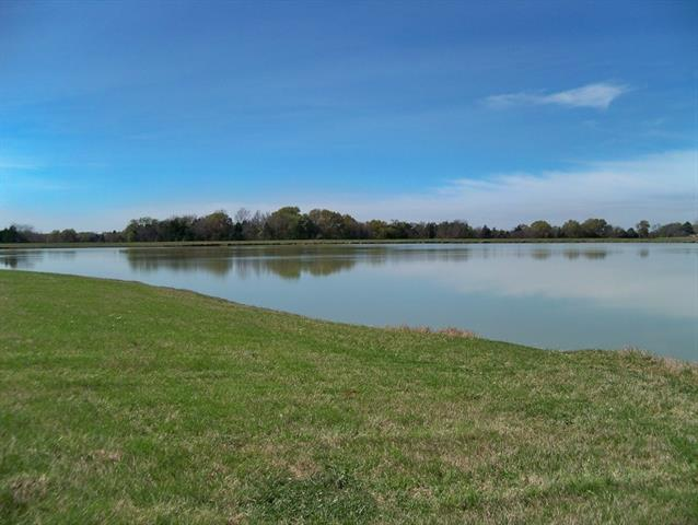 Texas Waterfront Property In Cedar Creek Lake Gun Barrel