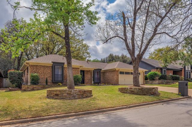 Photo of 5720 Overridge Drive  Arlington  TX
