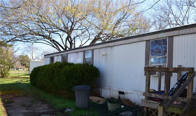 Photo of 4412 Wildwood Circle  Granbury  TX
